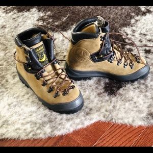 La Sportiva Genuine Leather Hiking Boot